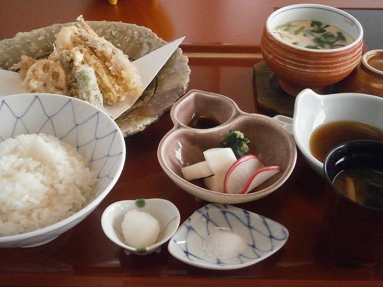 天ぷらと旬のお造りセット