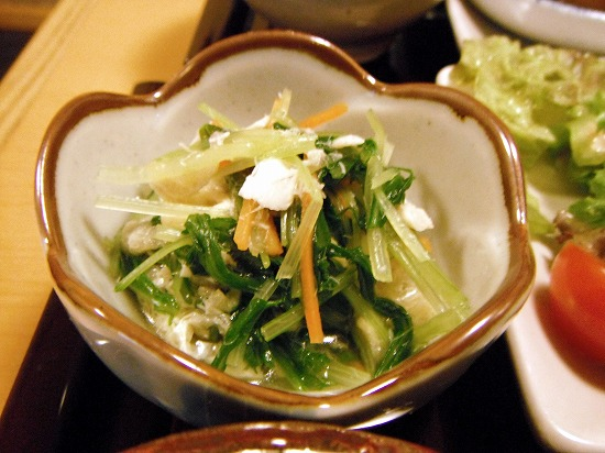 色々野菜の小鉢です。