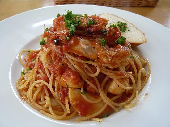 海老と小柱と筍のトマトパスタ