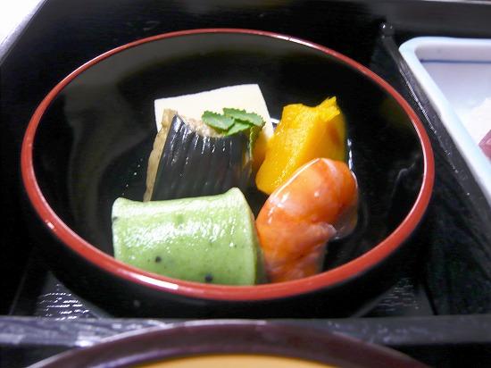 海老、カボチャ、ナス、高野豆腐、生麩