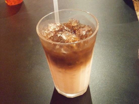 アイスカフェラテです。