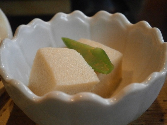 小鉢の高野豆腐です。 出汁が美味しかったです。