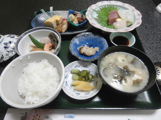 お昼の定食(松)
