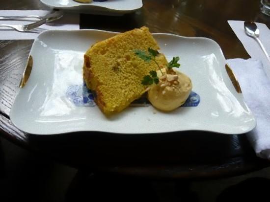 シフォンケーキです。