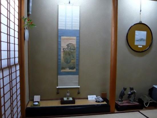 犬養毅(木堂)は、辻与旅館さんの親戚にあたるそうで、多くの軸が掛けられています。