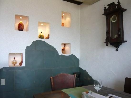 壁飾りやアンティークな時計も素敵でしょヽ(^o^)丿