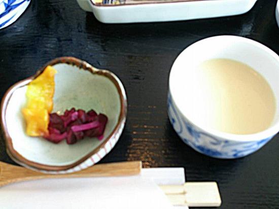 茶碗蒸しと漬物
