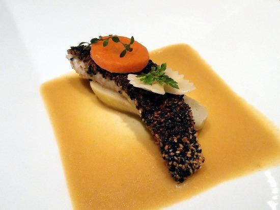 「MenuA」1600円(税込)の魚料理