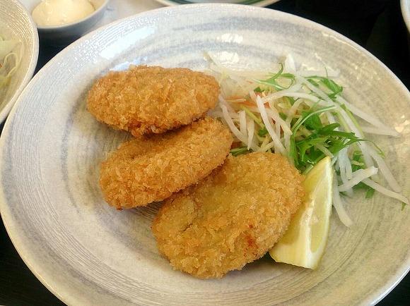 牡蠣入りクリームコロッケ680円