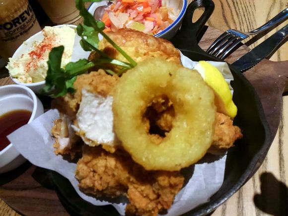 バターミルクチキンフライBOX or Plate with ビスケット