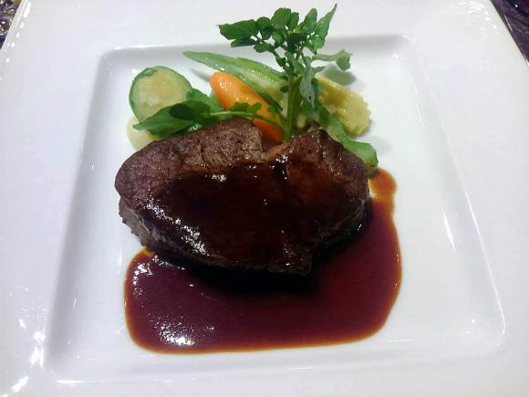 ステーキランチ 国産牛フィレ肉