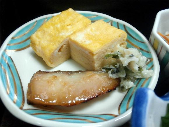 だし巻、焼き魚、ワサビ和え