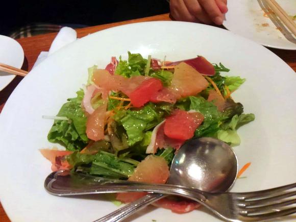 生ハムとグレープフルーツのサラダ