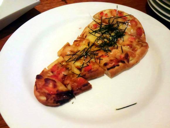 モチとのりの和風ピザ