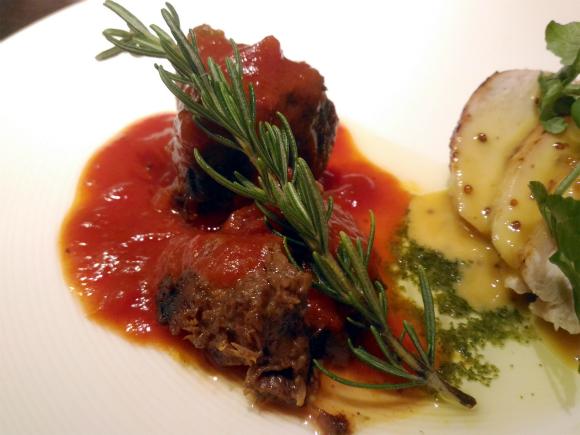 牛肉のトマト煮