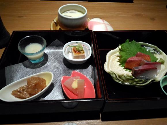 今日の注文は「游の膳」1380円(税込)です。