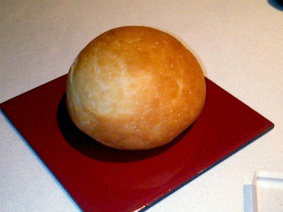自家製三良坂パン