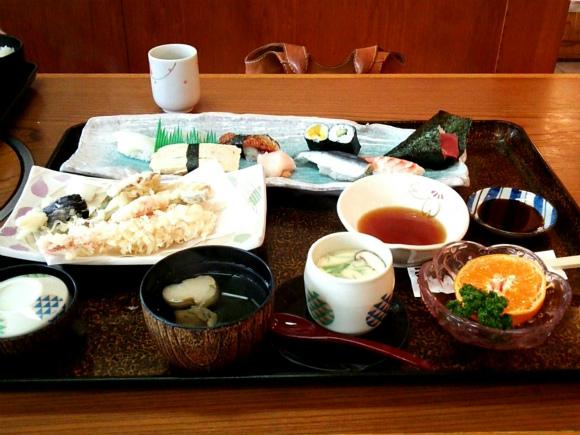メンバー注文は「寿司・天プラセット」です。