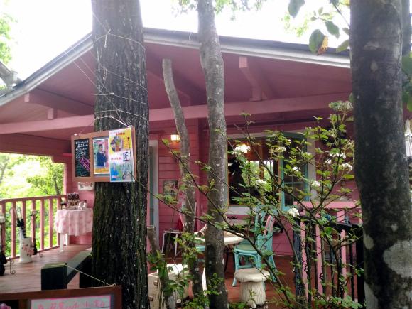 Cafe&めるへん工房 森の花屋さん