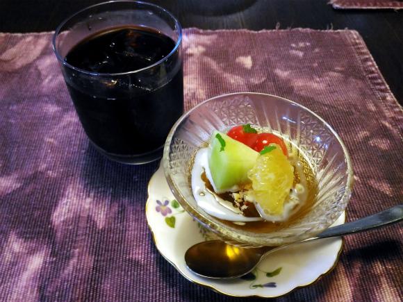 デザートは晩柑と小豆のミントティーゼリー