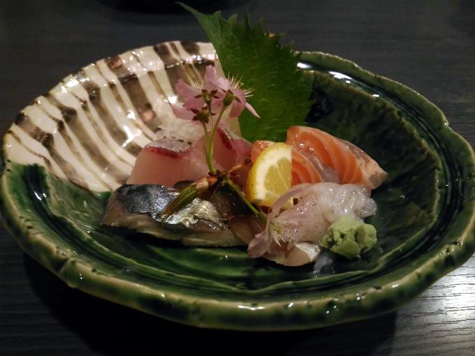 メンバー注文の「魚家定食」1730円(税込)です。