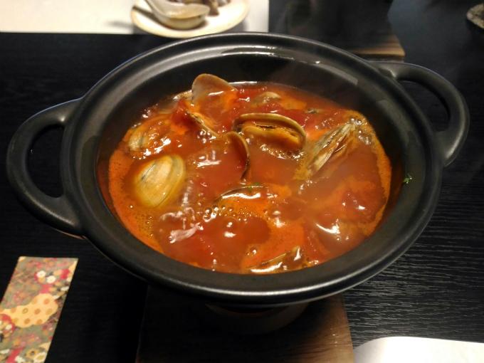 アサリのトマト鍋