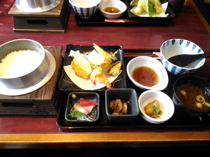 天ぷら釜飯定食