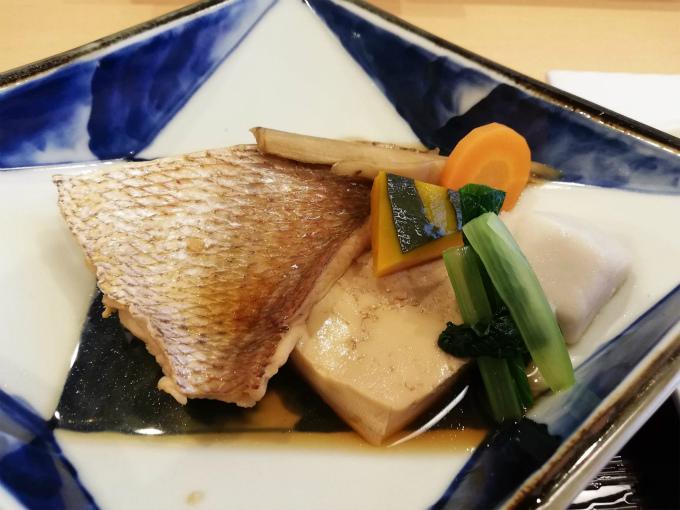 鯛と野菜の煮付け