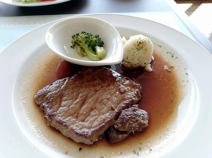 牛ロースステーキ