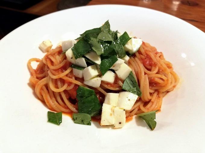 モッツアレラとバジリコのトマトスパゲティ