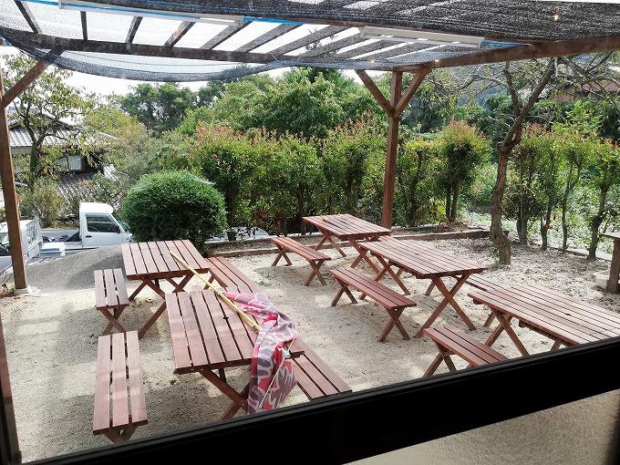 ガーデン席