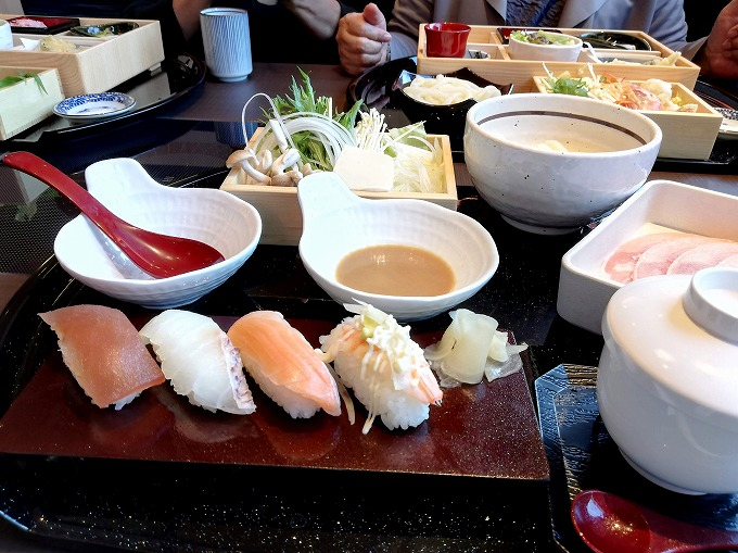 お寿司うどんすき膳