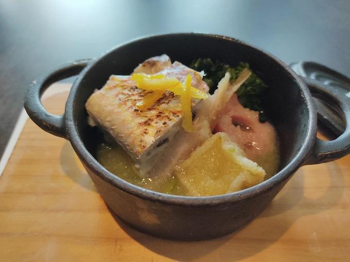 イトヨリダイと白身魚の真丈 野菜のゆず胡椒ソース~冬の灯~